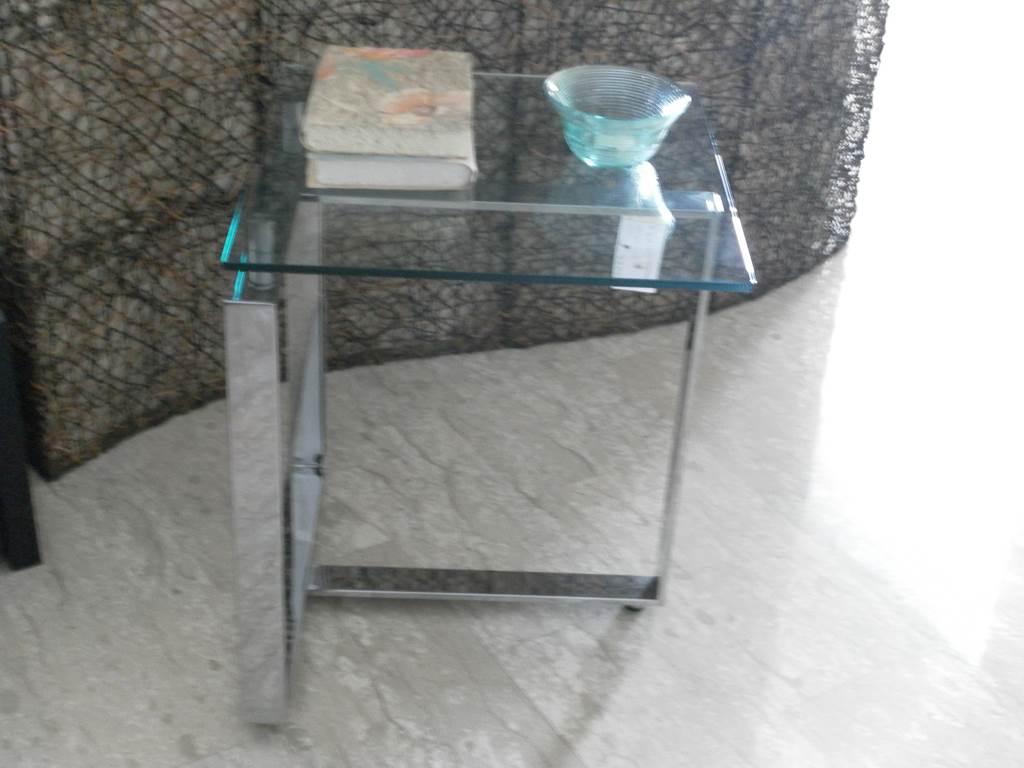 ditta antonelli-tavolino da lato 50x50xh60 in outlet da mobili salvati a castel san giorgio