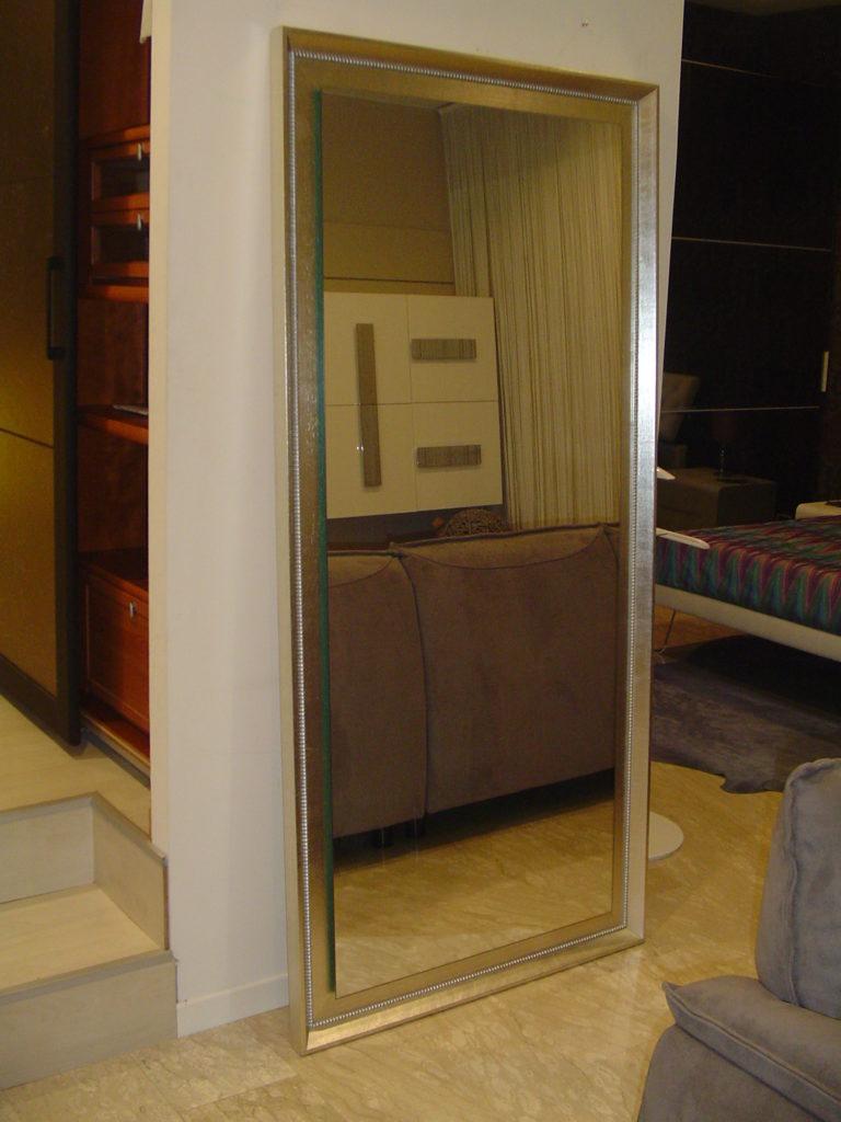 outlet- grandi affari- mobili salvati- castel san giorgio - sa -6 - pezzani specchio h192 cornice legno foglia argento