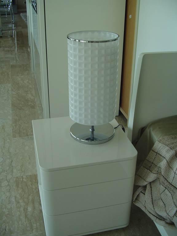 in outlet da mobili salvati a castel san giorgio sa - outlet- grandi affari- mobili salvati- castel san giorgio - sa -Interni luce piantana +2 lampade da tavolo € 450