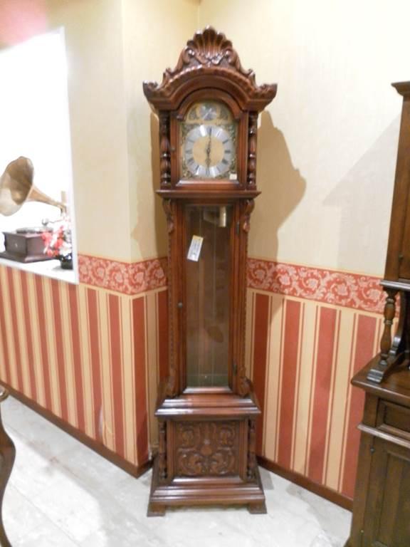 Orologio a pendolo - outlet grandi affari- mobili salvati - castel san giorgio - salerno