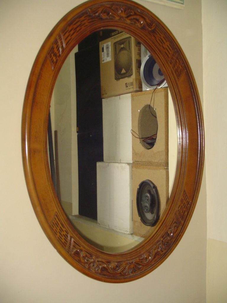 ditta scrilema-outlet- grandi affari- mobili salvati- castel san giorgio - sa -36- specchio cornice legno € 50