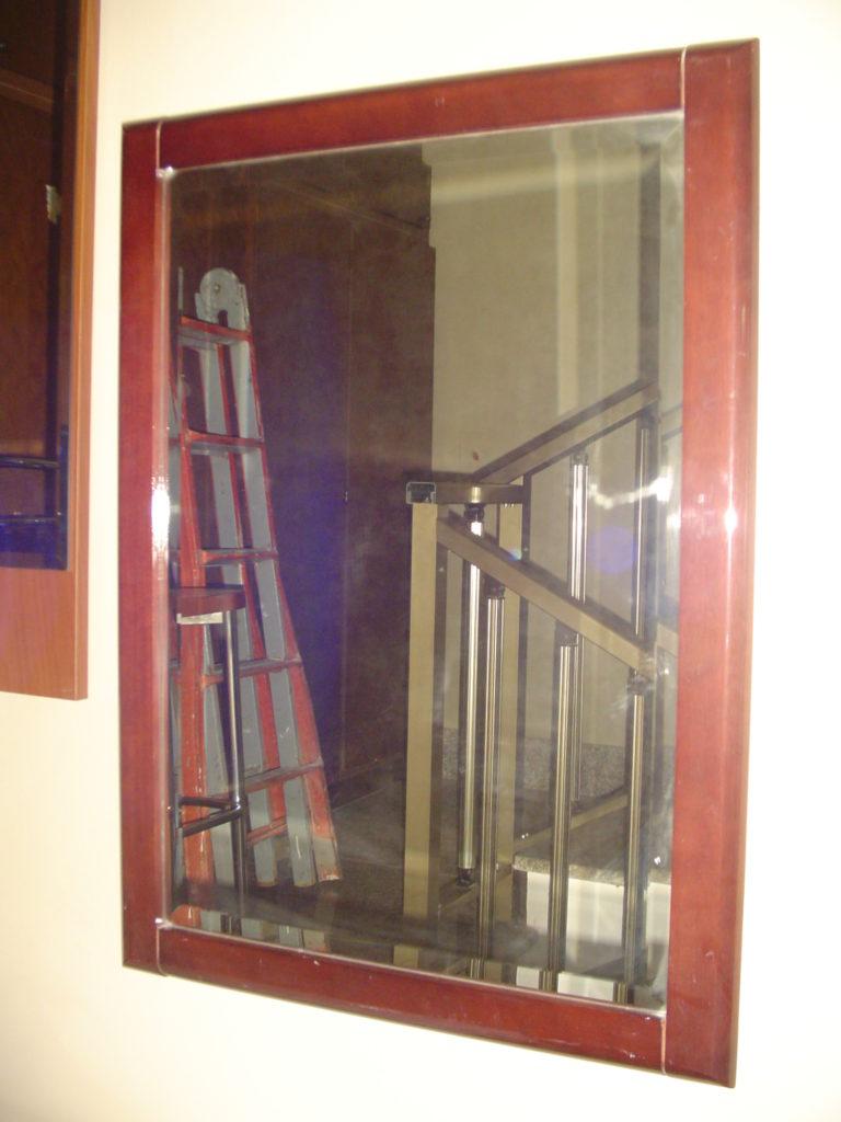 ditta scrilema-outlet- grandi affari- mobili salvati- castel san giorgio - sa -39- specchio cornice legno € 40