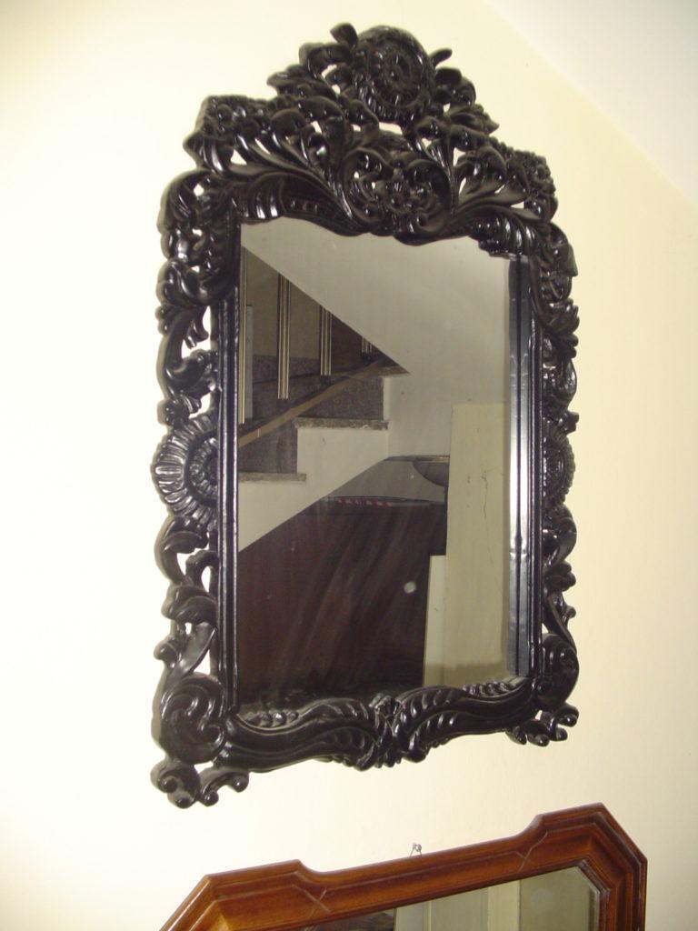 outlet- grandi affari- mobili salvati- castel san giorgio - sa -43 cornice classica nera € 70