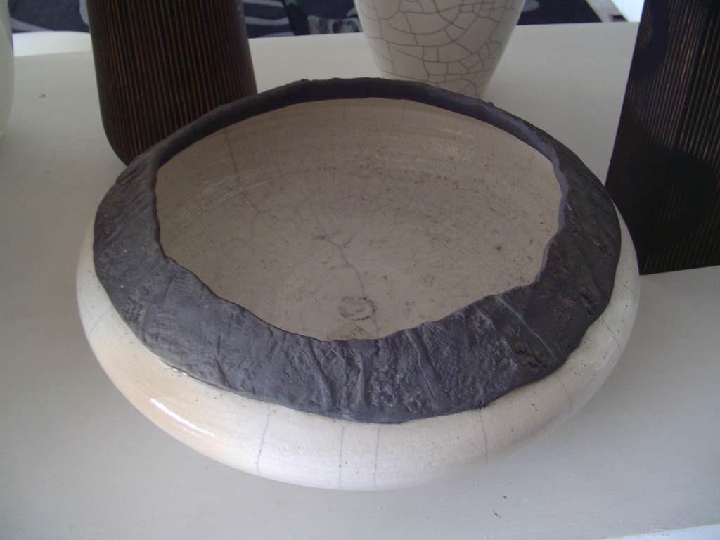 centro tavola ceramica-outlet- grandi affari- mobili salvati- castel san giorgio - sa -5-castagnetti vaso alto € 60