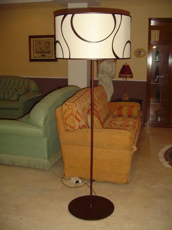 ditta Ciacci Piantana metallo bruno- in outlet da mobili salvati - castel san giorgio - salerno