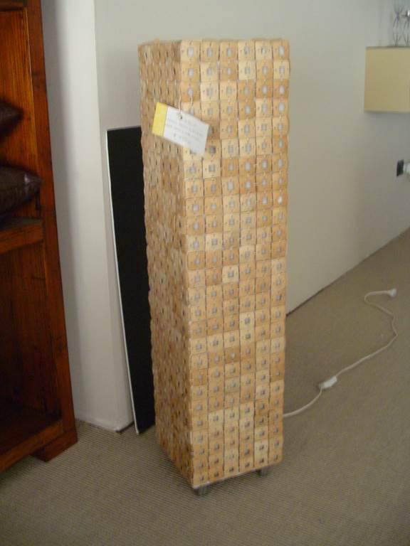 Elité lampada da terra - in outlet da mobili salvati castel san giorgio - salerno