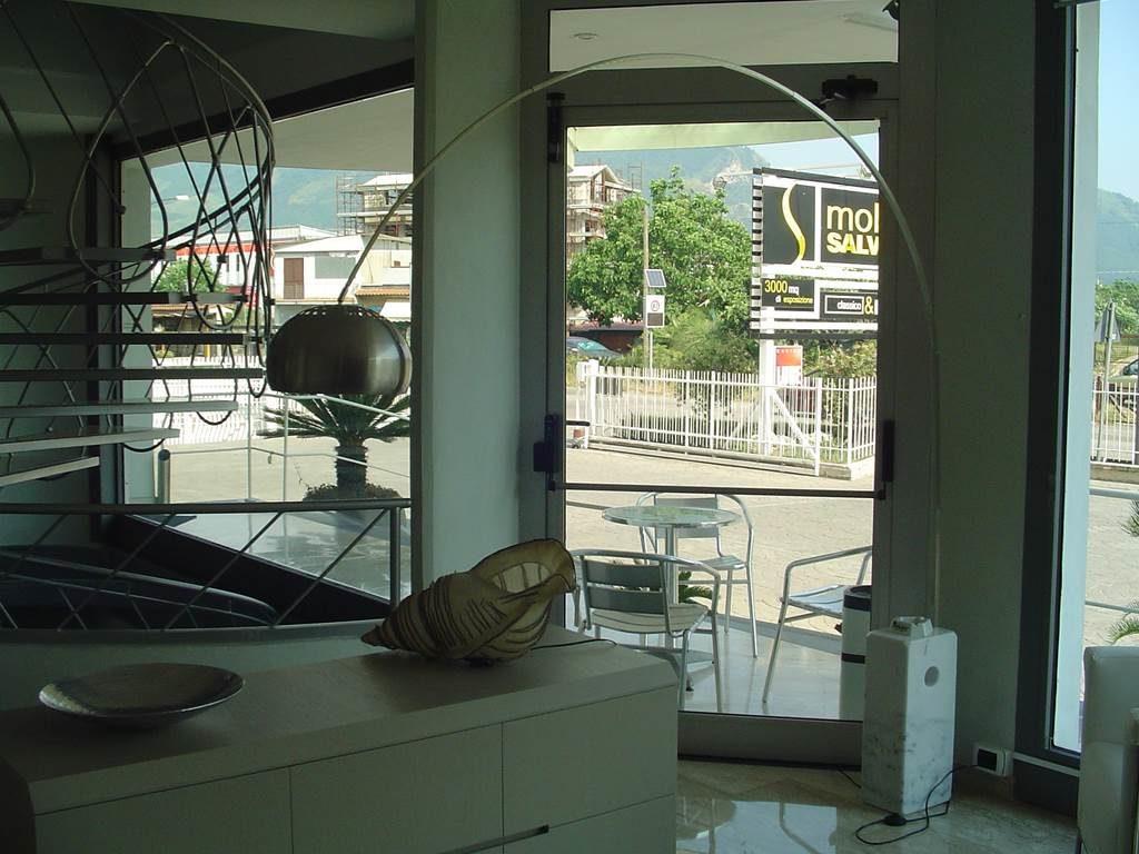 Ditta Shuller - Lampada da tavolo