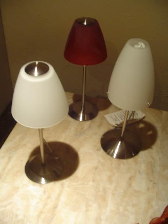 in outlet da mobili salvati a castel san giorgio sa - outlet- grandi affari- mobili salvati- castel san giorgio - sa -Interni luce piantana +2 lampade da tavolo