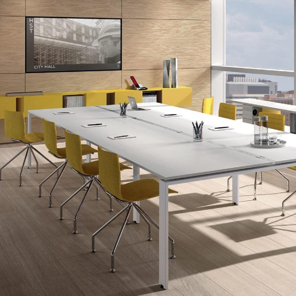tavoli riuniune zalf mobili salvati